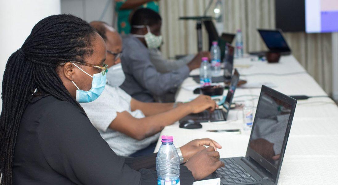 Le travail à l'heure de la pandémie de COVID-19 : l'impact sur les employeurs/les employés et la productivité
